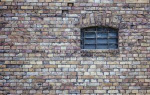 איטום ושיקום קירות חיצוניים